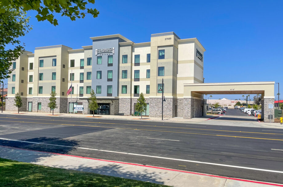 DesignCell Architecture - Staybridge Suites Temecula_